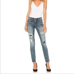 BLANK NYC The Reade Distressed Skinny Jeans 28